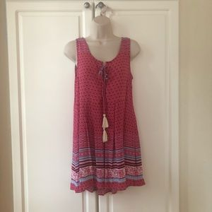 Super cute summer dress (or top) by Umgee. Size S.